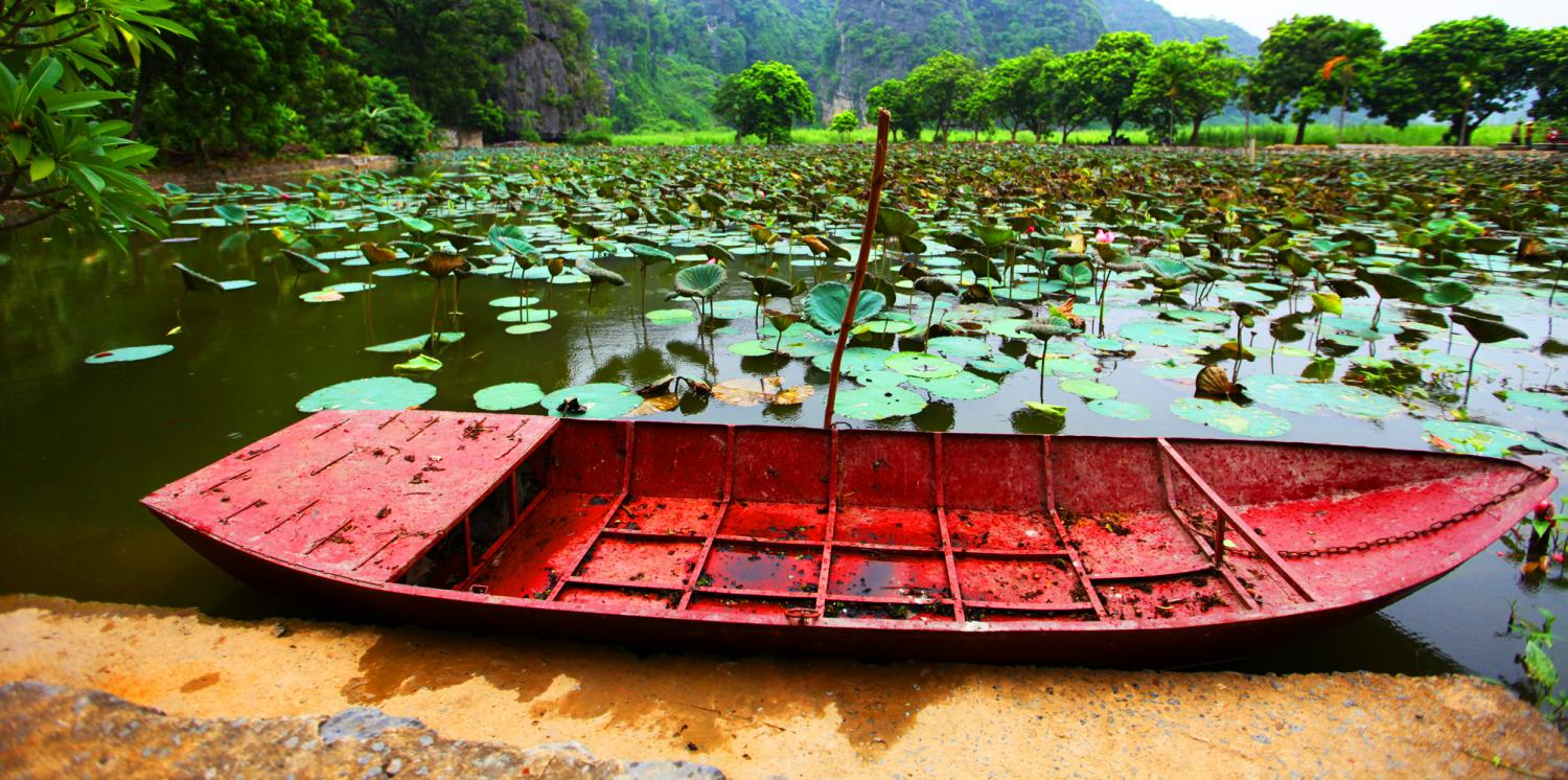 Boat and Lake in Ninh Binh